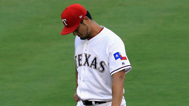 Rangers Yu Darvish Learns of Pitch Tipping on Twitter