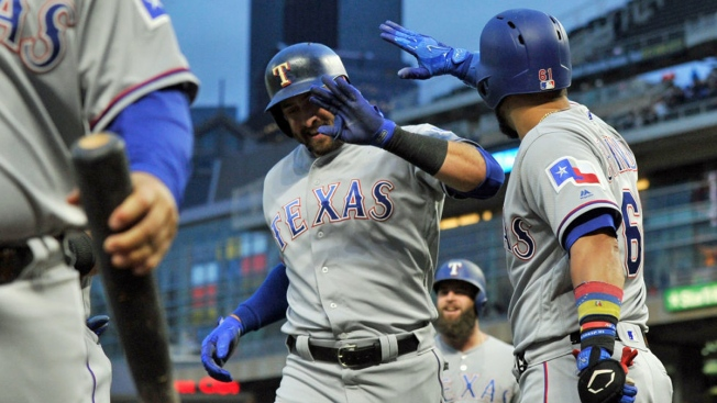 Gallo Goes Deep Again, Rangers Top Twins 4-1 to Start Series