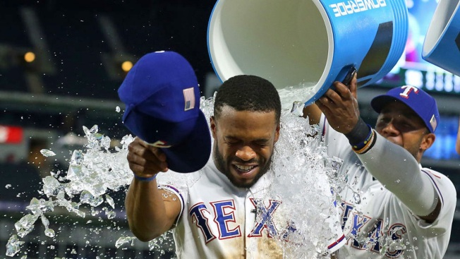 Speedy DeShields Helps Pace Rangers in 5-3 Win Over Mariners