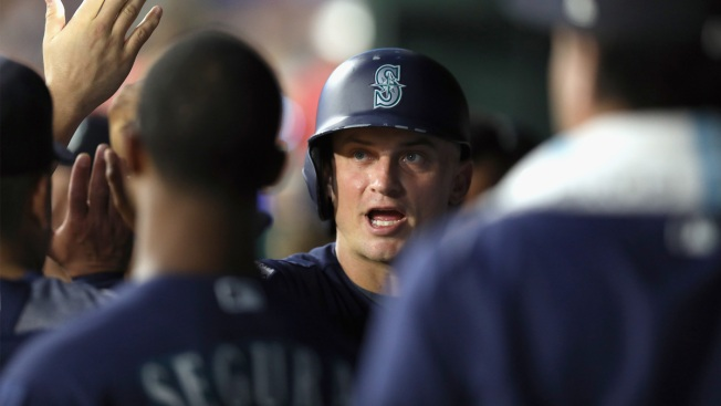 Big Shots by Gamel, Seager Push Mariners Past Rangers 10-3