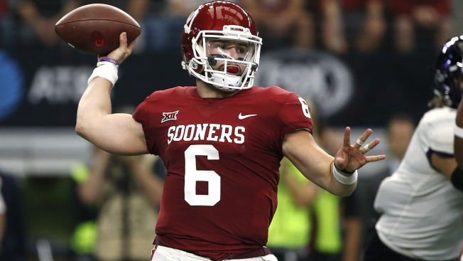Oklahoma s Baker Mayfield Named Big 12 Top Offensive Player for 2nd Time 8406e1e64