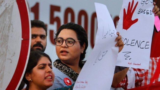 Ex-Husband of UK 'Honor Killing' Victim Surrenders to Pakistan Police