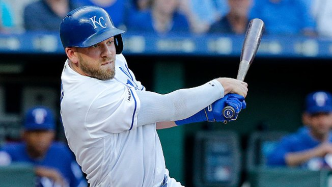 Royals Score Early, Blow Out Rangers in Series Opener