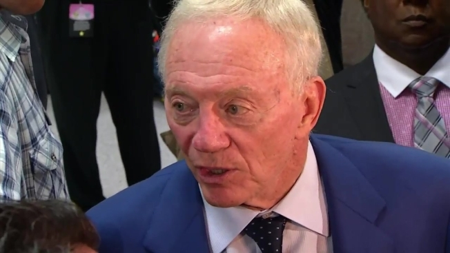 Jerry Jones Still Thinks Cowboys Are Close, Won't Overhaul Roster