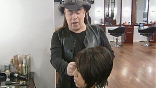 Celebrity Stylist Helps Local Students