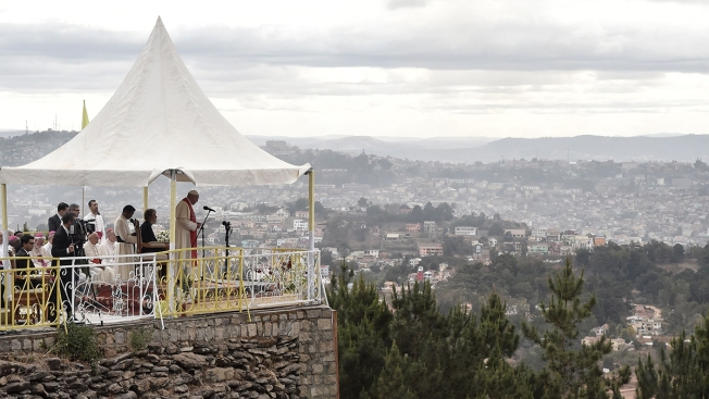 Pope in Madagascar Insists: 'Poverty Is Not Inevitable'