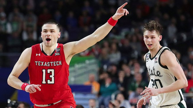 Mooney, Red Raiders D Clamps Down 61-51 Over Michigan St