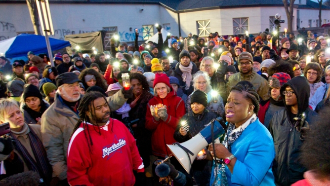 3 Held in Shooting of Minn. Black Lives Matter Protesters