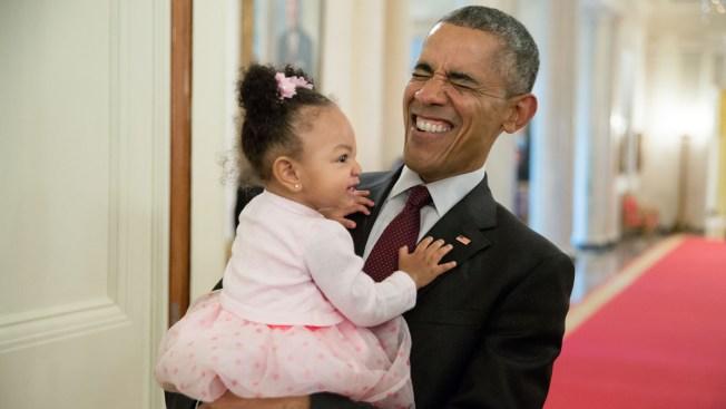 Twitter Users Celebrate President's Legacy; #ObamaAndKids Trends Online