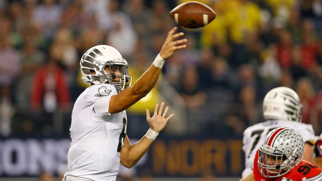 """NFC East Watch: Eagles Won't """"Mortgage the Future"""" for Mariota"""