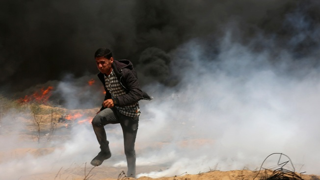 Deadly Clashes Erupt Again in Gaza at Israeli Border Fence