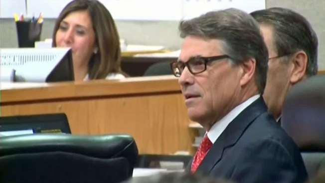 Appeals Court Dismisses One of Two Counts Against Former Gov. Rick Perry