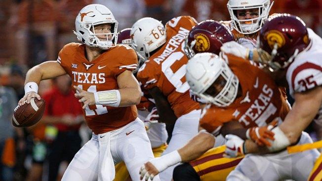 Ehlinger 2 Touchdown Passes Lead Texas Over No. 22 USC