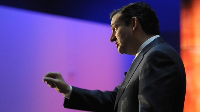 Cruz in Iowa Claims Shutdown Got People Talking