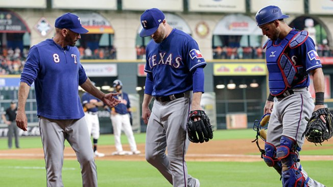 Rangers Place Closer Shawn Kelley on 10-Day Injured List