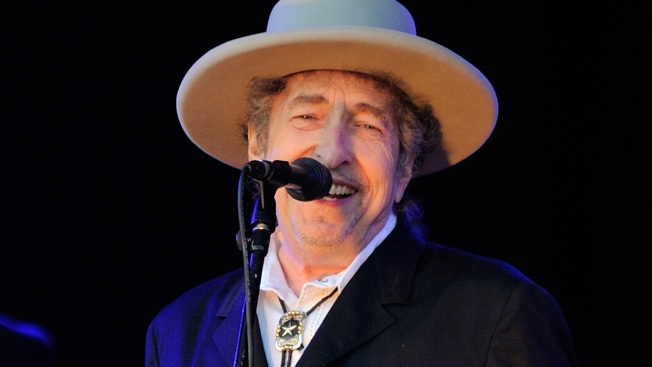 "Bob Dylan's Historic ""Roll"""