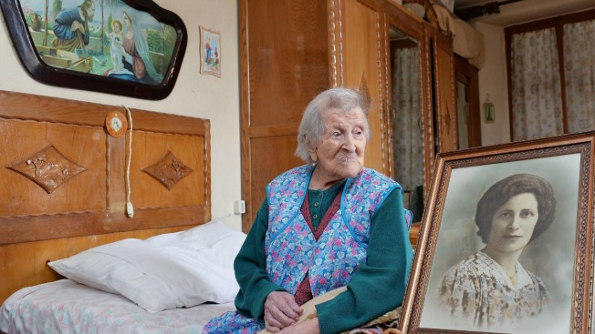 World's Oldest Living Person, 117, Eats 2 Raw Eggs a Day