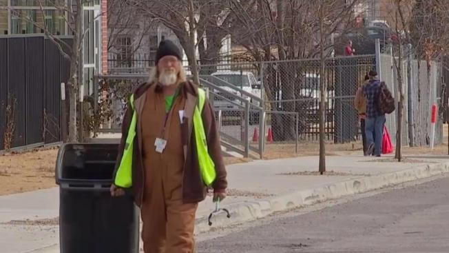 Fort Worth pays homeless to help clean up city's streets