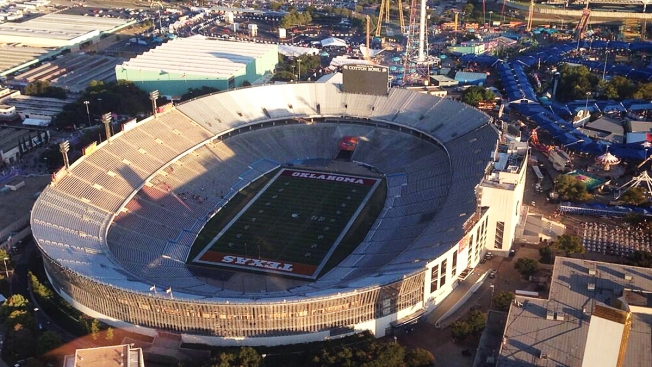 2 Lawmakers Investigating Regent Took Free Texas-OU Tickets