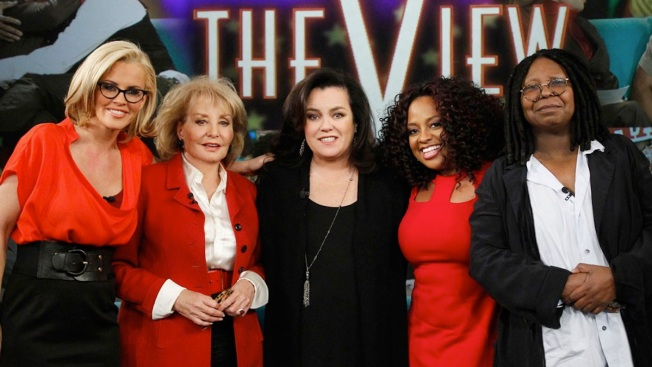 "Rosie O'Donnell Returns to ""The View"" for the First Time in Seven Years: ""It Feels Kind of Weird"""