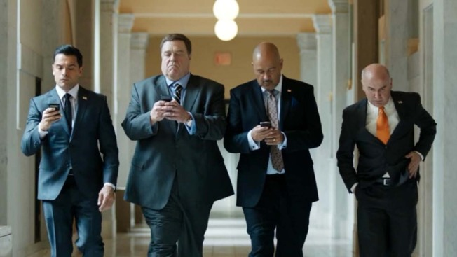 "Amazon's ""Alpha House"" Takes Aim at Political Funny Bone"
