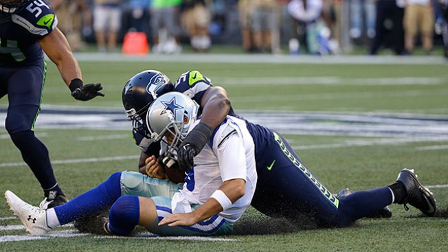 Romo Has Broken Bone in Back, Could Miss Several Weeks