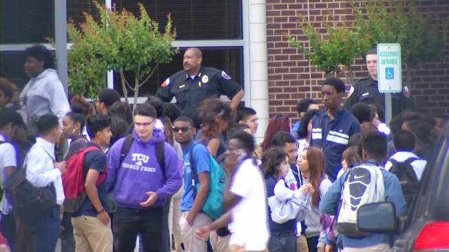 Duncanville ISD Alters Dress Code Amid Controversy