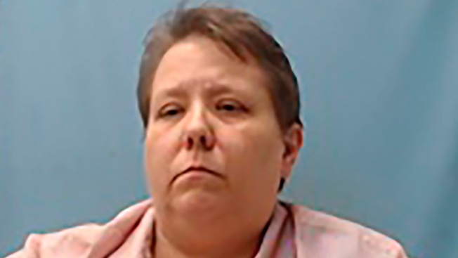 White Arkansas Woman Pulls Gun on 4 Black Fundraising Teens