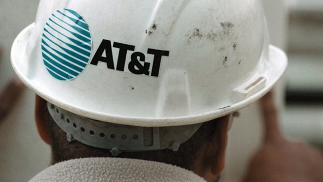 AT&T Posts Higher 3Q Profit as Revenue Grows