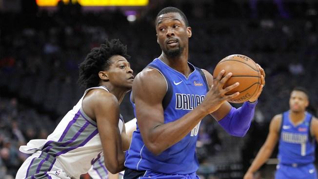 Mavericks Top Hornets 99-93 as Dallas Deals Barnes to Kings