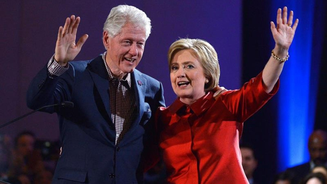 The Clintons Are Coming to North Texas
