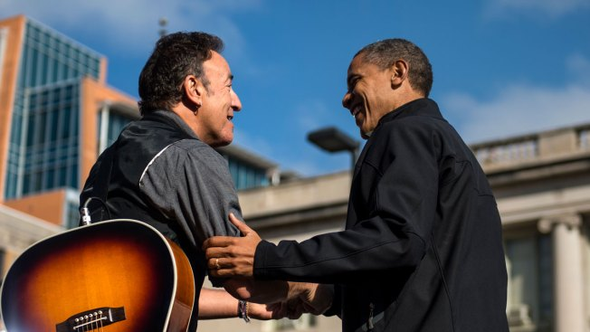 Bruce Springsteen Plays Private Acoustic Set at The White House
