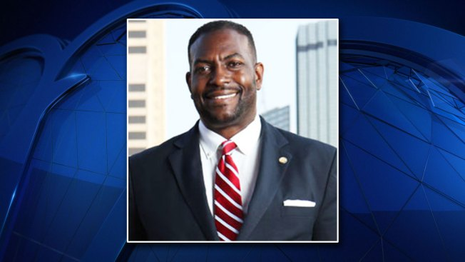 Dallas Mayor Pro Tem Casey Thomas Issues Statement on Botham Jean Investigation