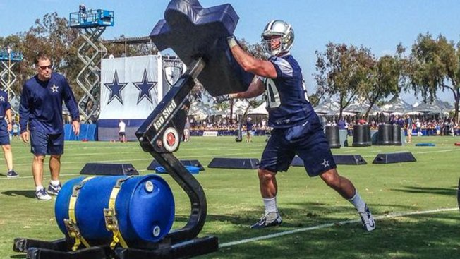 Sean Lee Preparing for First Regular Season Action Since 2013
