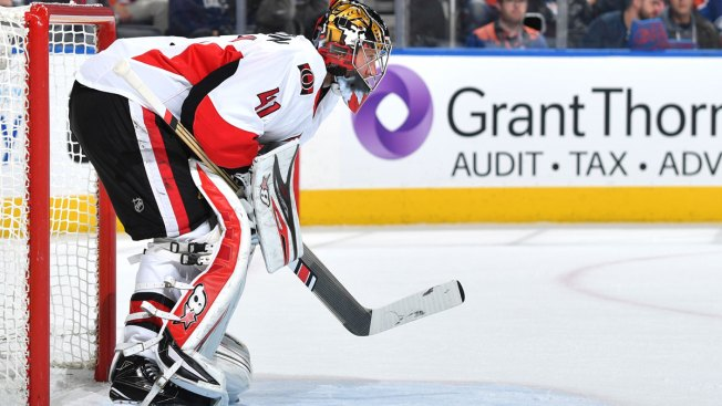 Nhl Goalie Craig Anderson Gets Shutout After Wife S Cancer Diagnosis