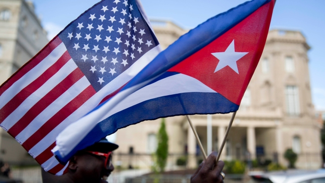 US Abstains For First Time on UN Vote to Lift Cuba Embargo