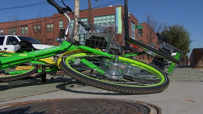 Dallas City Manager Tells Bike-Share Companies to Clean Up After Themselves