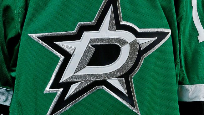 Conacher Scores in Overtime, Lightning Beat Stars