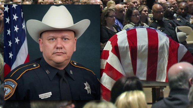 Man Pleads Guilty to Killing Texas Deputy at Gas Station