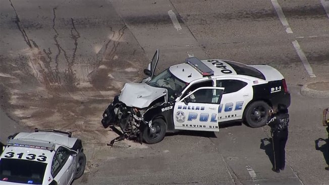 Dallas Police Officer Involved in Crash Heading to Intruder Call