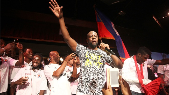 Wyclef Jean mistaken for a robber and handcuffed, singer says
