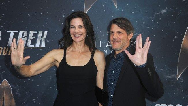 Star Trek's Terry Farrell Marries Adam Nimoy