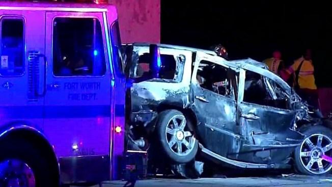 1 Dead, 1 Injured in 3-Vehicle Crash on I-35W: Police