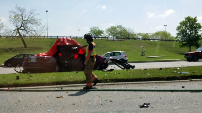One Dead in Single-Car Crash in Irving
