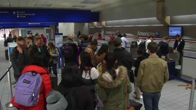 Weather Blamed for Flight Delays at Dallas-Fort Worth Airport