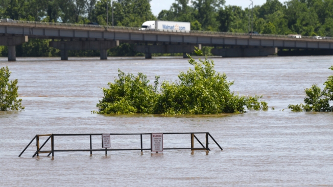 Record Flooding Causes Levee Breach in Western Arkansas