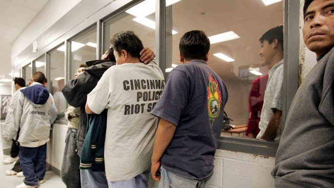 Mexico Program to Offer Up to 50,000 Jobs for Deportees