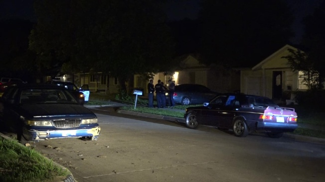 Man Wounded in Shooting Outside Fort Worth Home