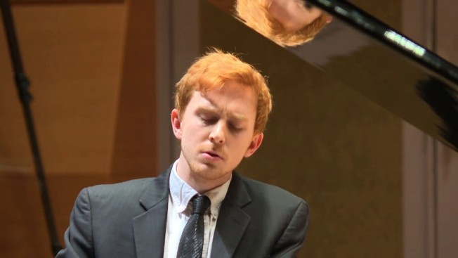 Dallas Chamber Symphony Opens 8th Season with Prize-Winning Pianist