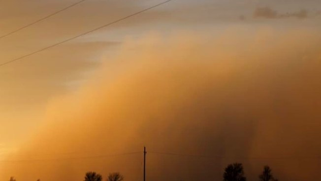West Texas Gets 1,000-Foot Wall of Dust With Front